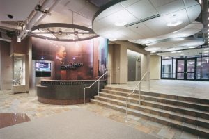 Johnson-Controls-Bengel-Technology-Center_Lobby_Office_Corporate-Commercial_ZAStudios