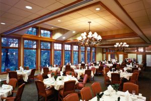 Wausau-Country-Club_Banquet-Hall_Golf-Country-Clubs_Hospitality_ZAStudios