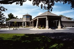 Wausau-Country-Club_Exterior-1_Golf-Country-Clubs_Hospitality_ZAStudios