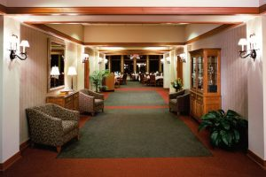 Wausau-Country-Club_Hallway_Golf-Country-Clubs_Hospitality_ZAStudios