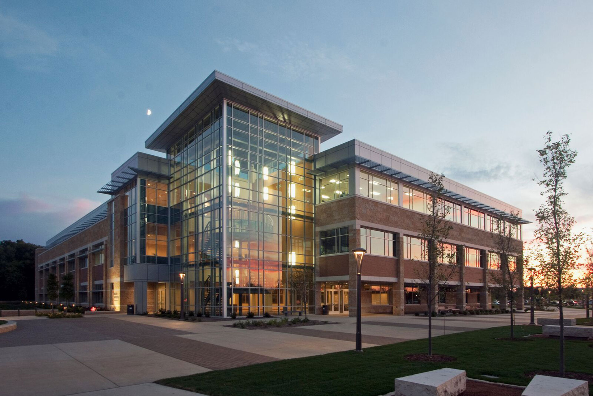 Milwaukee School Of Engineering Science Building